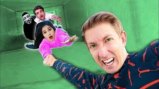 VY QWAINT & CHAD WILD CLAY TAKEN by HACKER & TRAPPED in ABANDONED TUNNEL (Escape Room Challenge)